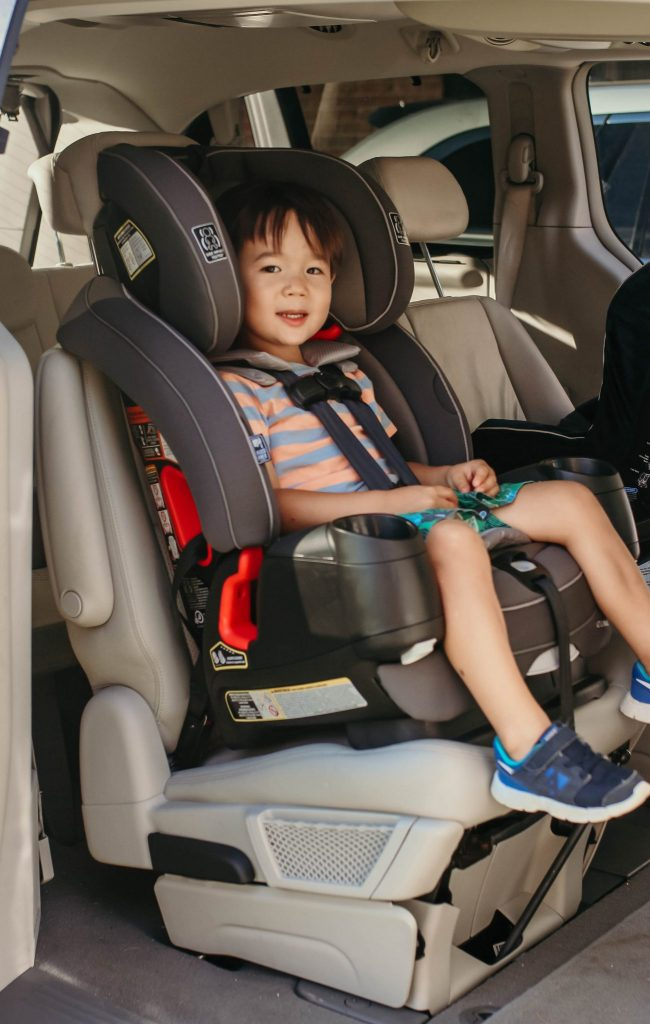 forward facing car seat harness