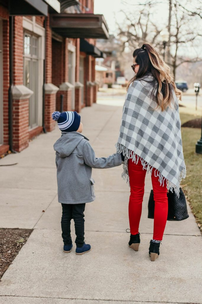 Simply Every is sharing some Fun Family Holiday Outings with Levis
