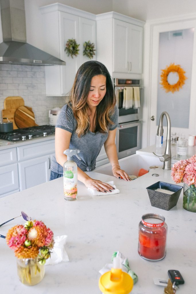Every Day Cleaning Tips and Hacks for Busy Moms